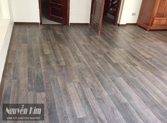 thi công sàn gỗ kronoswiss d2565