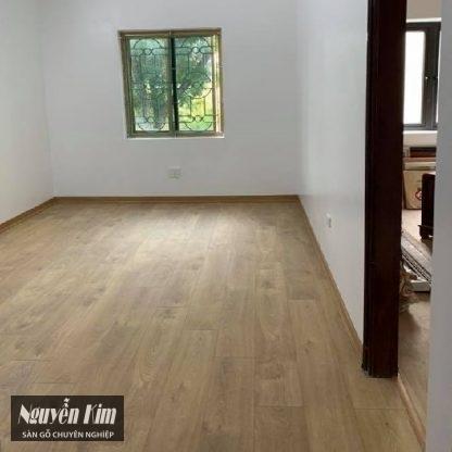 thi công sàn gỗ kronoswiss d3033 cr