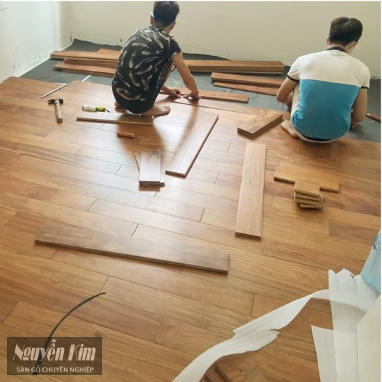 lắp đặt sàn gỗ Lim Lào