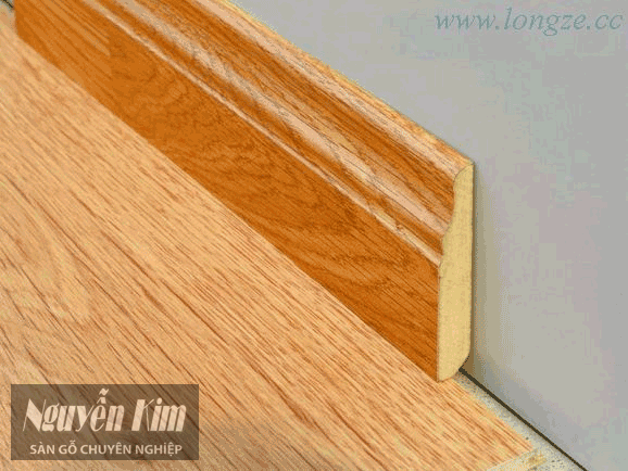phào chân tường phụ kiện sàn gỗ