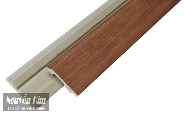 phào gỗ công nghiệp lõi xanh