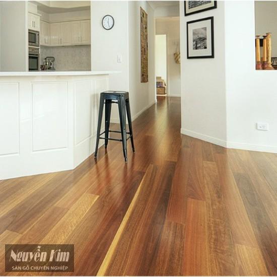 sàn gỗ Lim Lào trong phòng khách