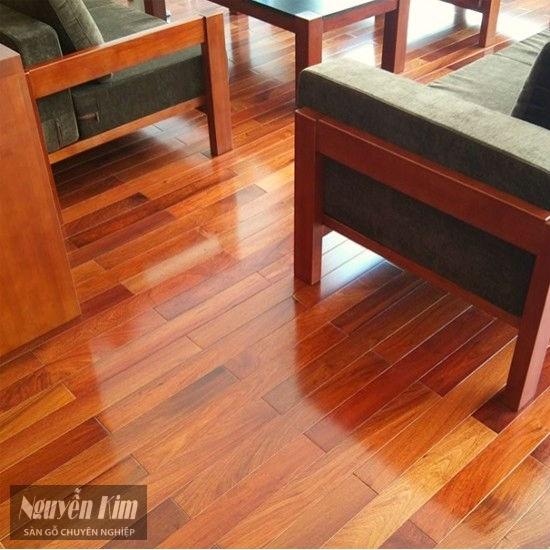 ván sàn gỗ giáng hương tự nhiên