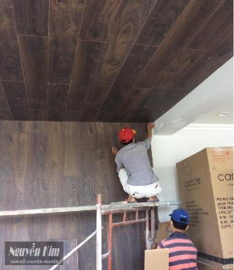 thi công sàn gỗ kronoswiss d2025