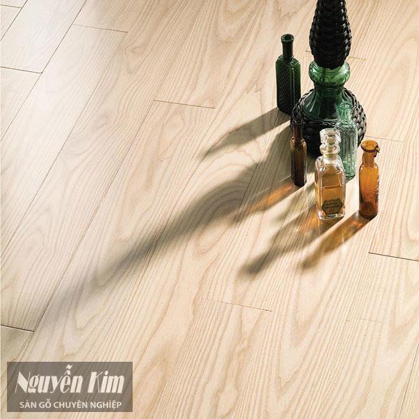 ván sàn gỗ tần bì