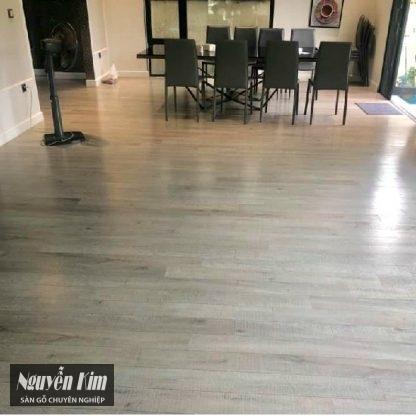 ván sàn gỗ alder 9198 đức nhà khách hàng