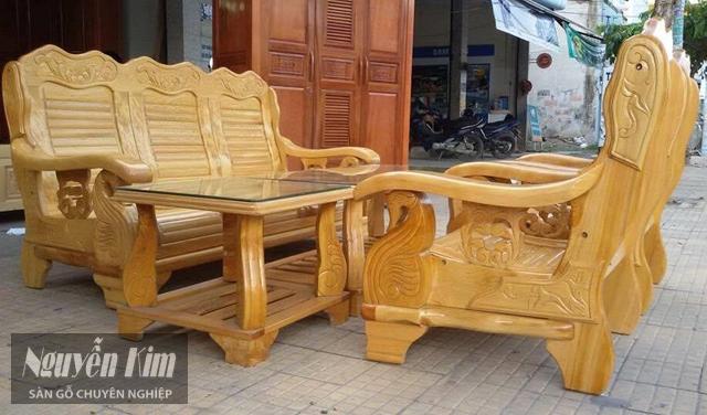 bàn ghế gỗ Pơ Mu