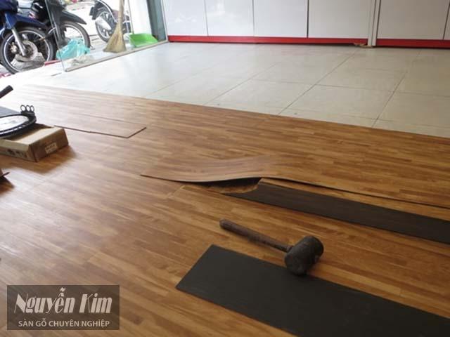 các bước thi công sàn nhựa giả gỗ
