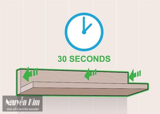 Giữ kệ của bạn vào tường trong 30 giây