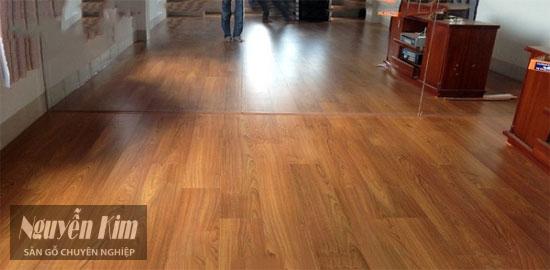 sàn gỗ thaixin đem lại cảm giác ấm cúng cho căn phòng
