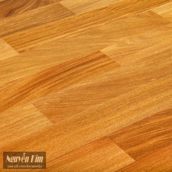 bề mặt sàn gỗ tự nhiên gõ đỏ nam phi