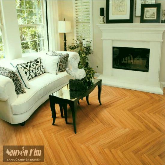 sàn gỗ gõ đỏ xương cá trong nội thất biệt thự