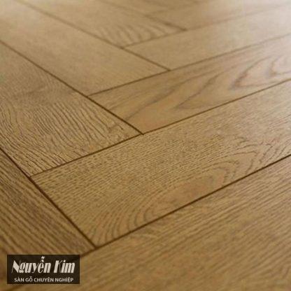 bề mặt sàn gỗ tự nhiên sồi xương cá