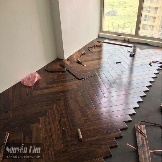 thi công lắp đặt sàn gỗ chiu liu xương cá