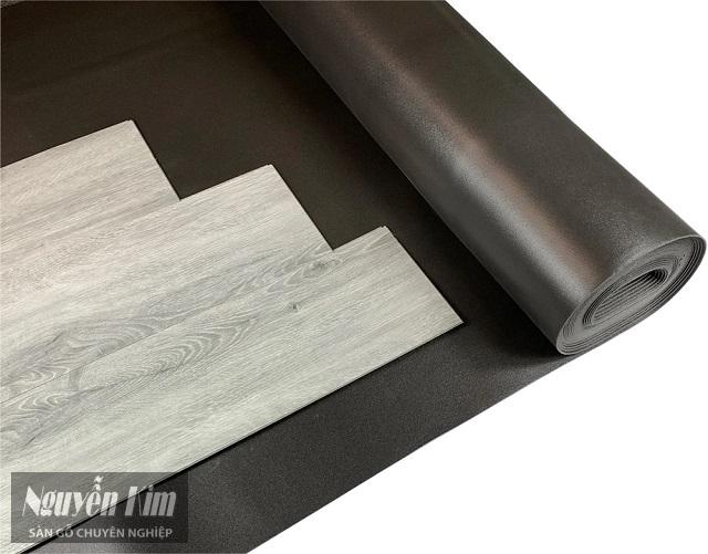lót sàn gỗ loại nào tốt
