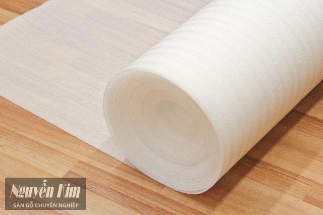 lót sàn gỗ là gì
