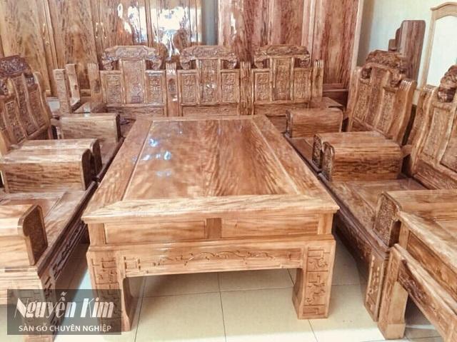 bàn ghế gỗ lát