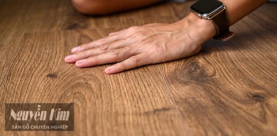 sàn gỗ công nghiệp egger có tốt không
